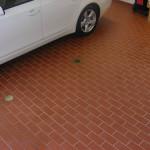 Укладка тротуарной плитки под машину